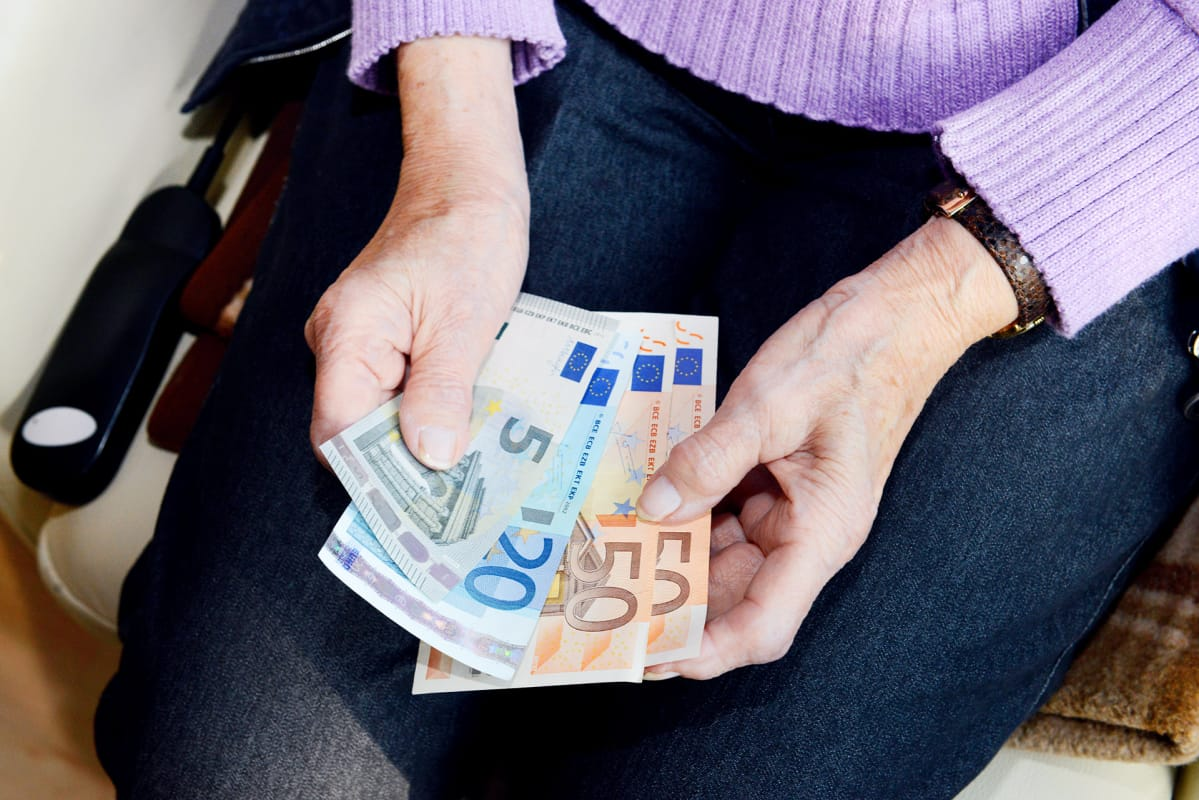 himokas nainen naisen euro