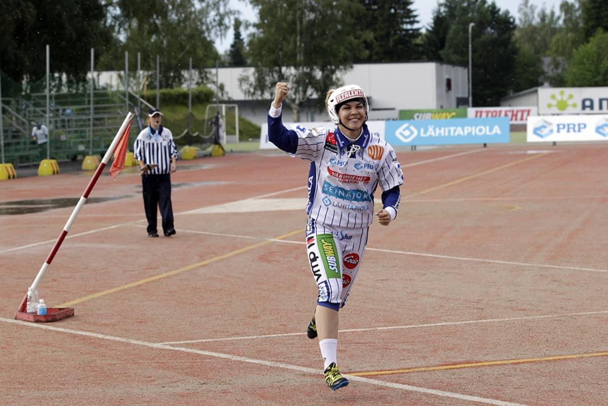 Paula Saari