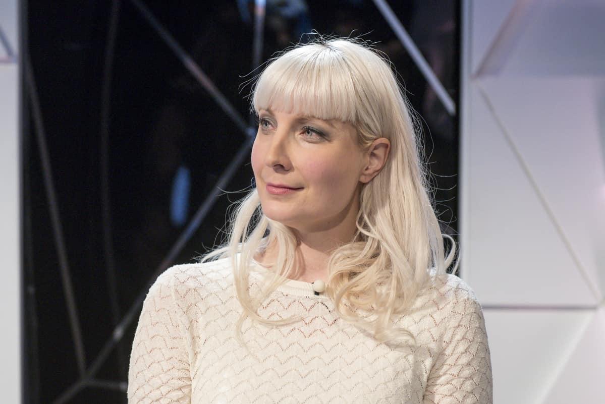 Laura Huhtasaari Pituus