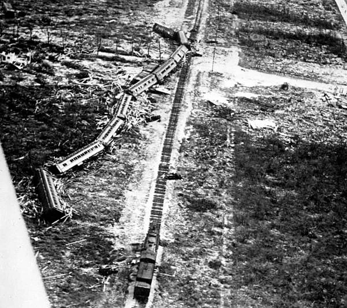 Hurrikaanin kaatama juna Floridassa vuonna 1935.