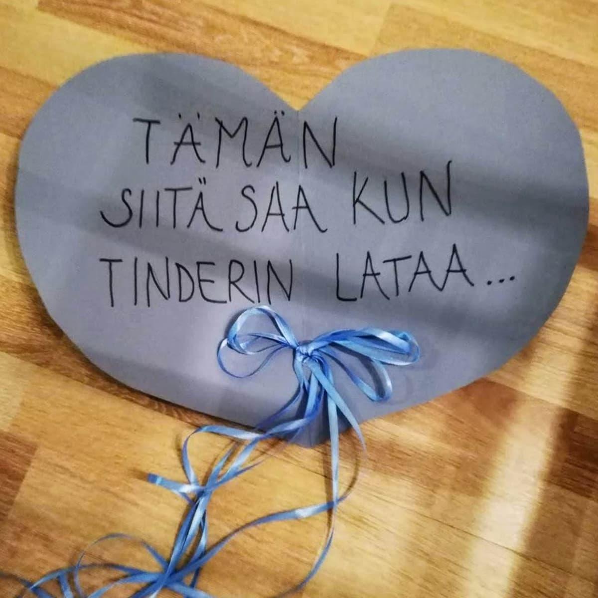 Sydän jossa lukee: tämän siitä saa kun tinderin lataa...