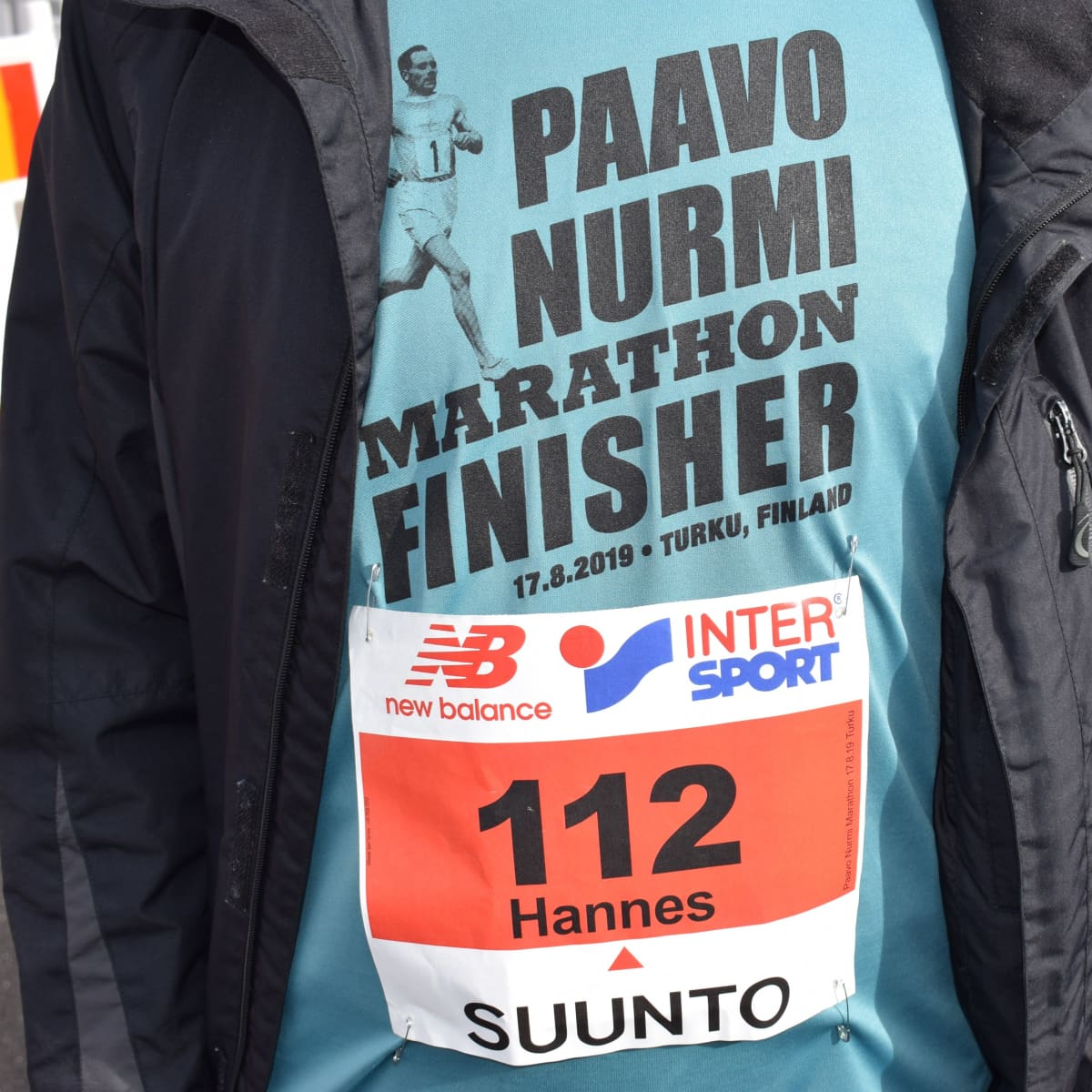 Hannes Honkosen kilpailunumero paidan rinnassa oli 112.