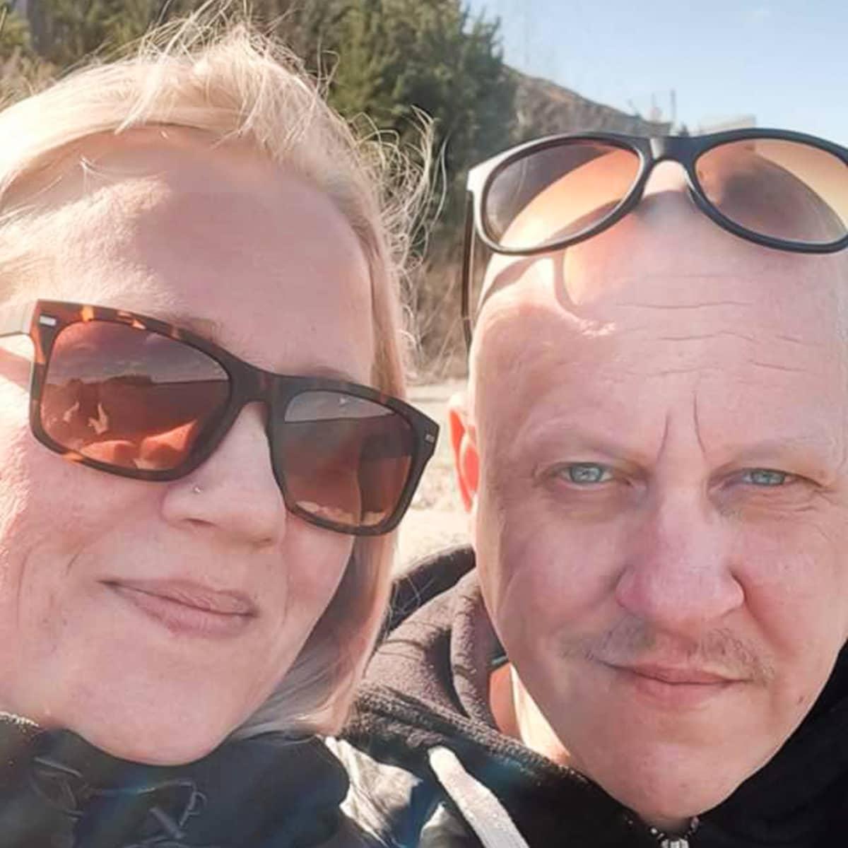 Tella ja Jani Suihkola löysivät suhteeseensa uutta paloa erottuaan.
