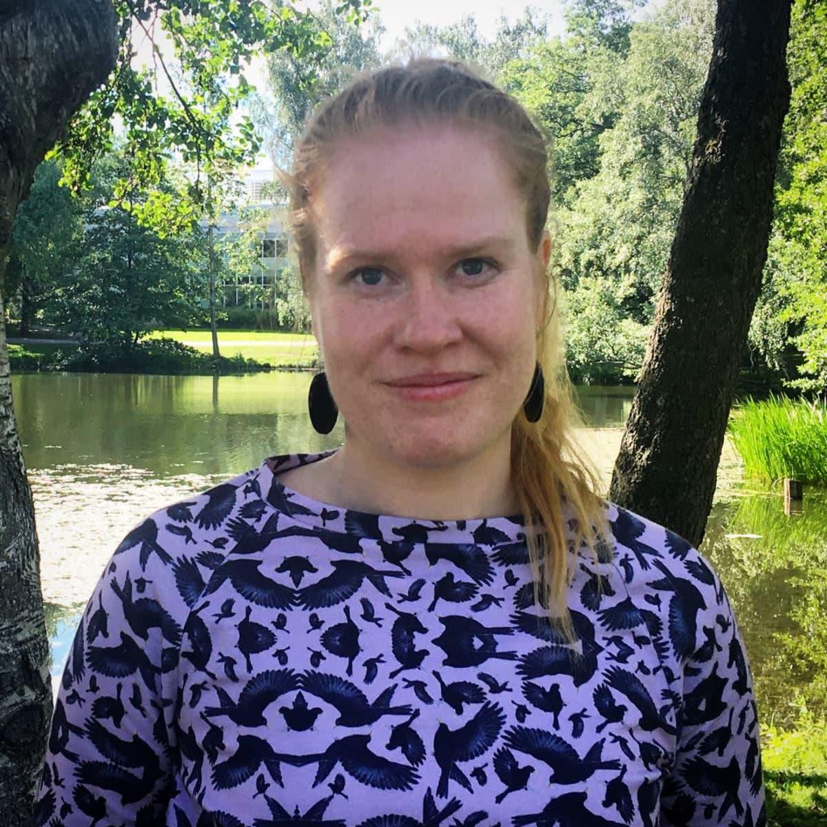 Tutkija Pia Koivunen.