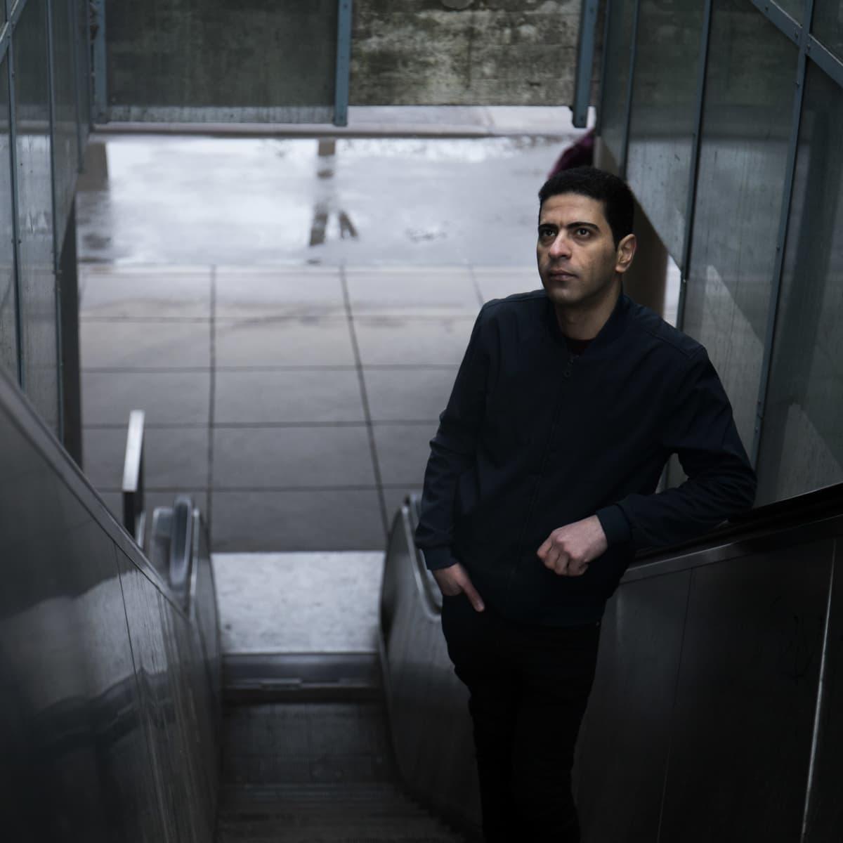 Mahmood Al-Taee, Janne Saarikiven perheessä kotimajoittunut turvapaikanhakija.