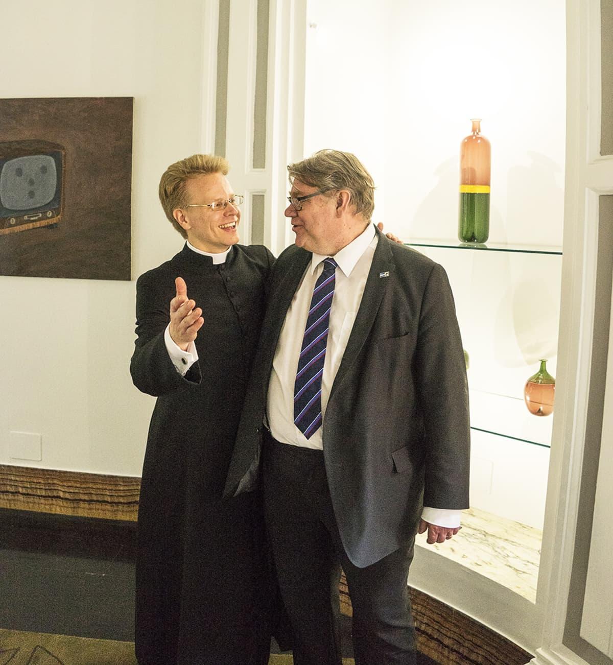Oskari Juurikkala ja Timo Soini ovat olleet pitkään ystäviä.