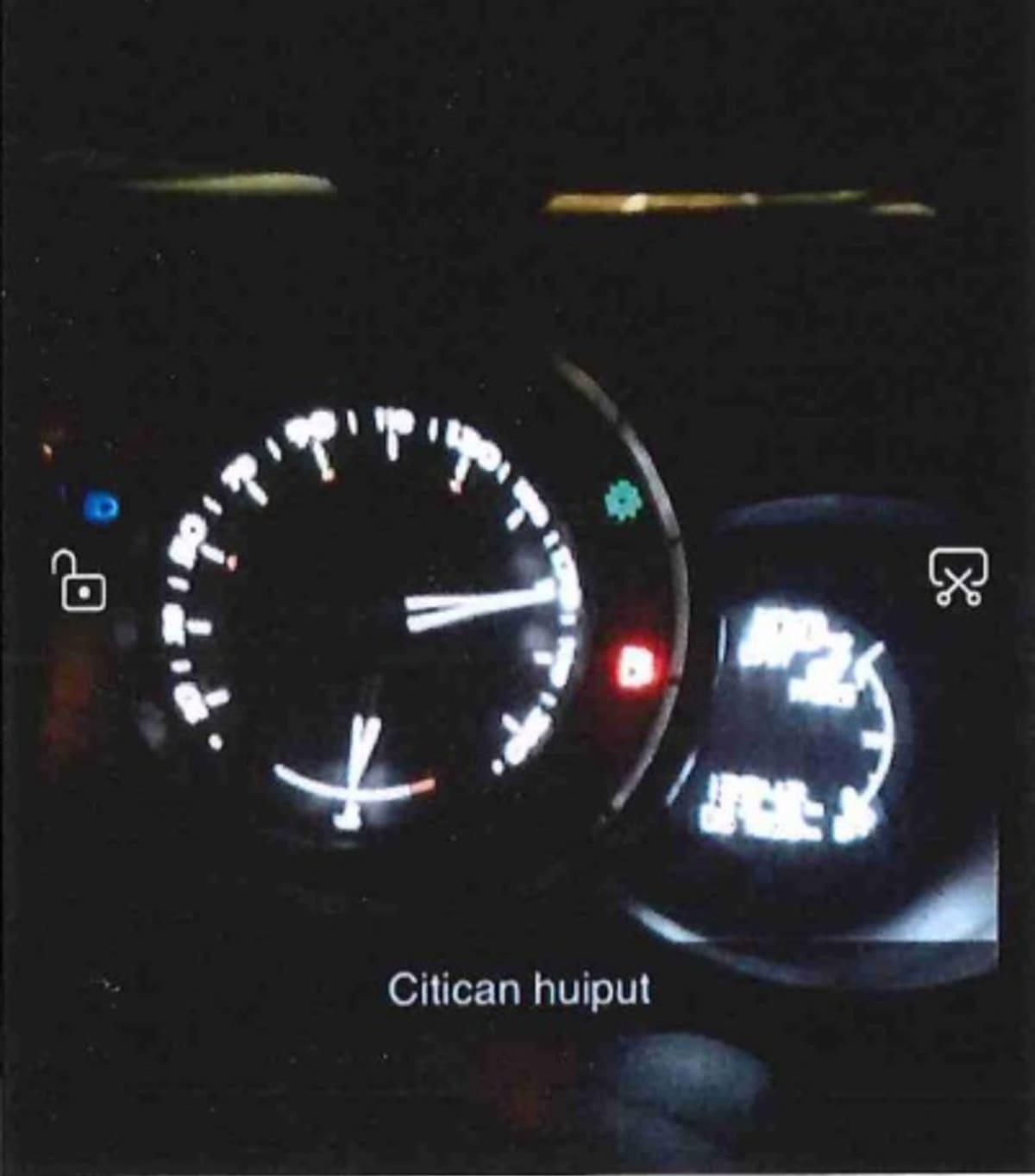 Autosta lähtenyt kuva kertoo nopeudesta