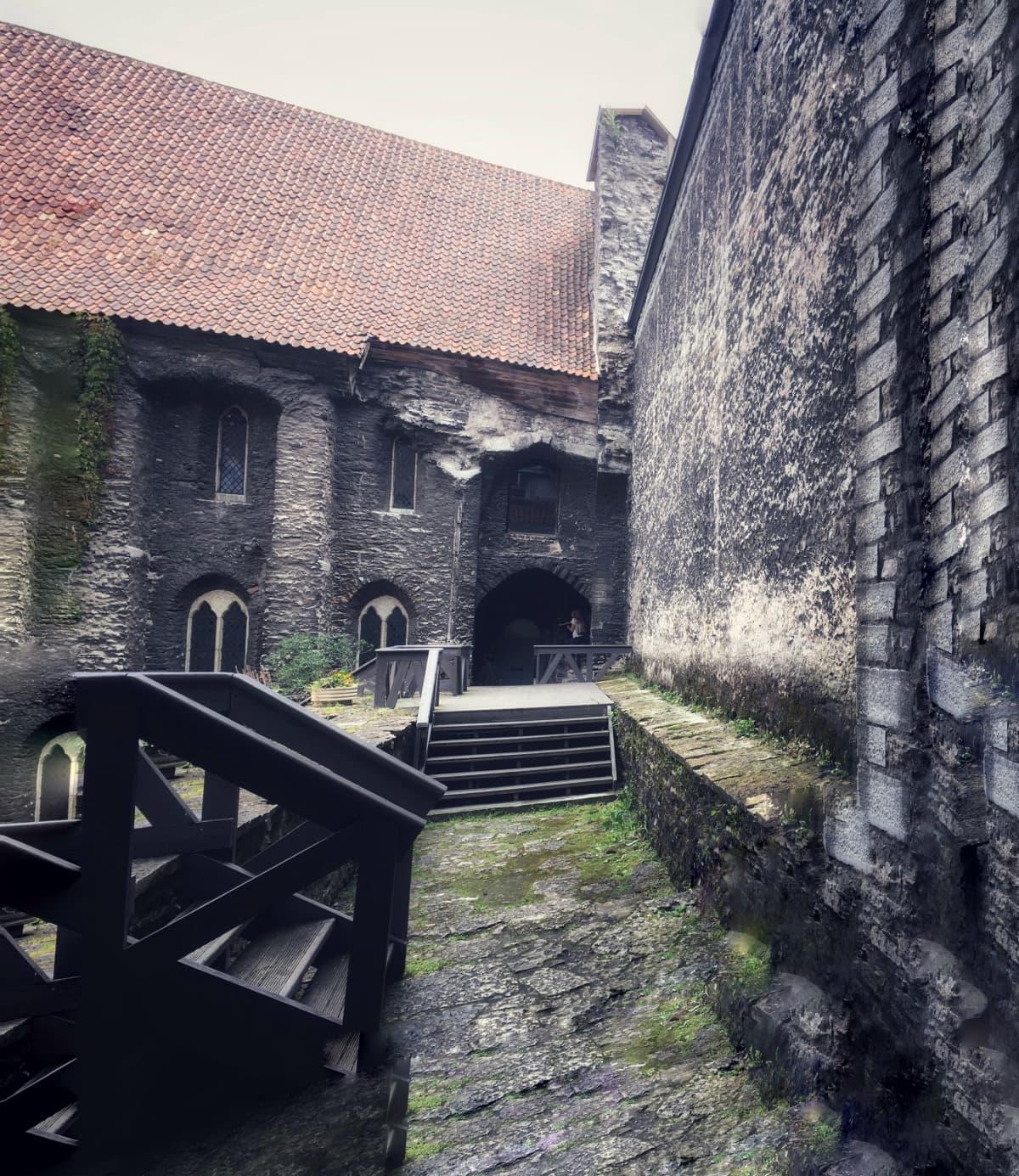 Dominikaanisen luostarin rauniot Tallinnassa