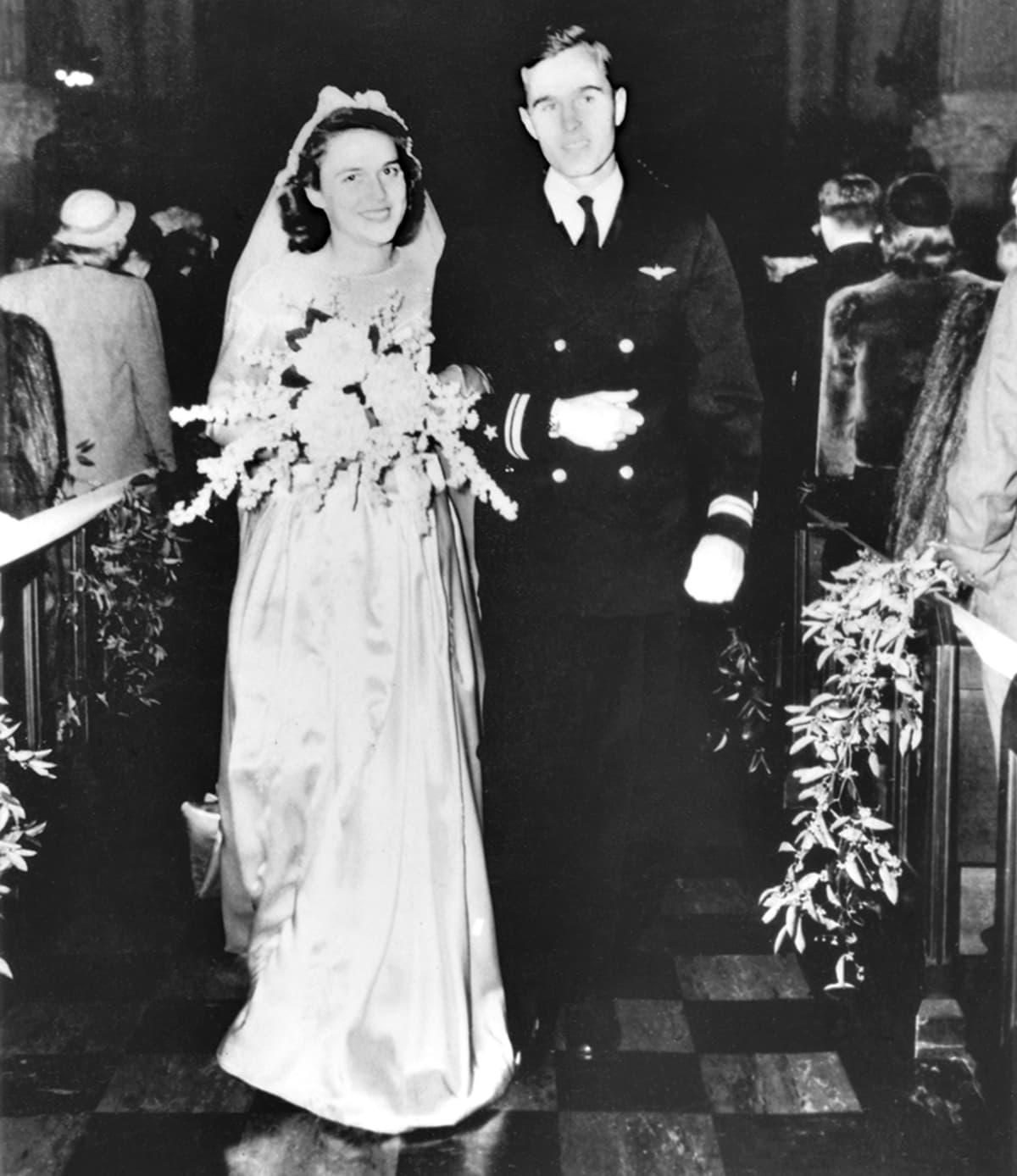 Barbara ja George Bushin hääkuva