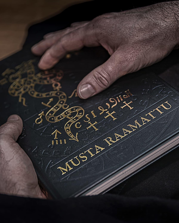 Musta raamattu