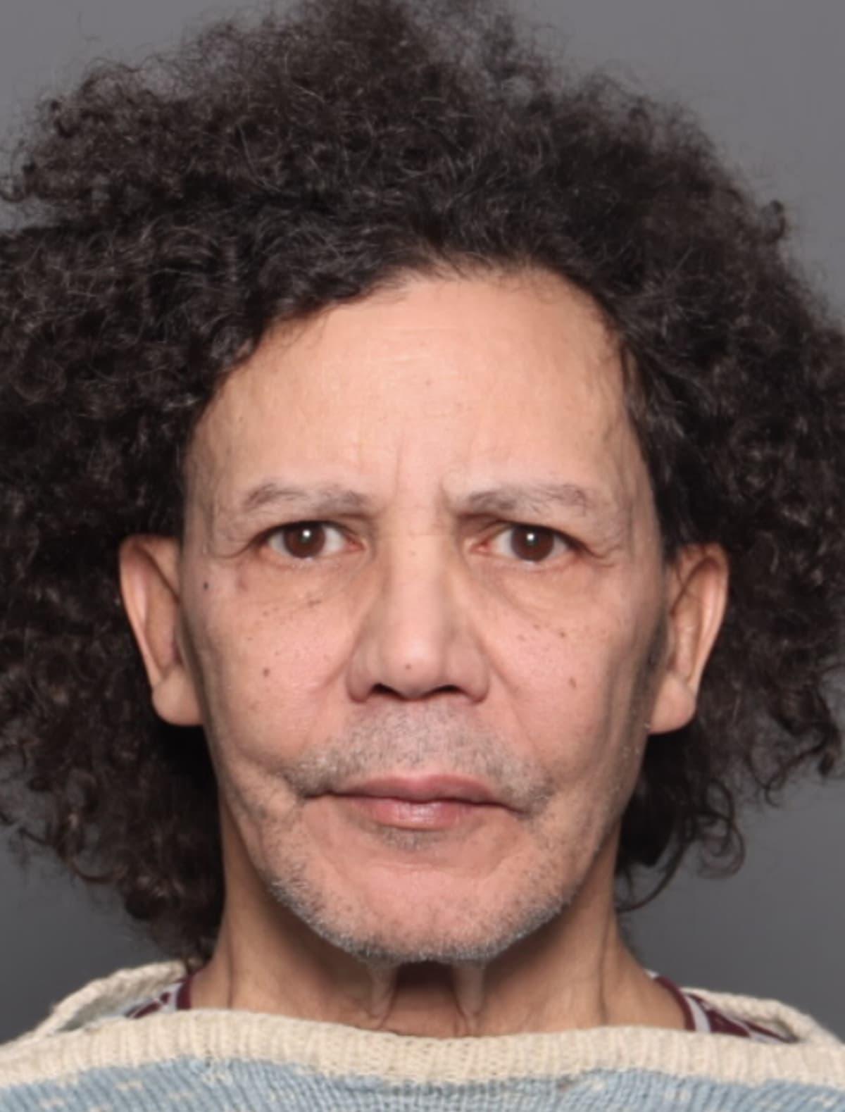 Kuva miehestä, jota poliisi epäilee lapsiin kohdistuneista seksuaalirikoksista.