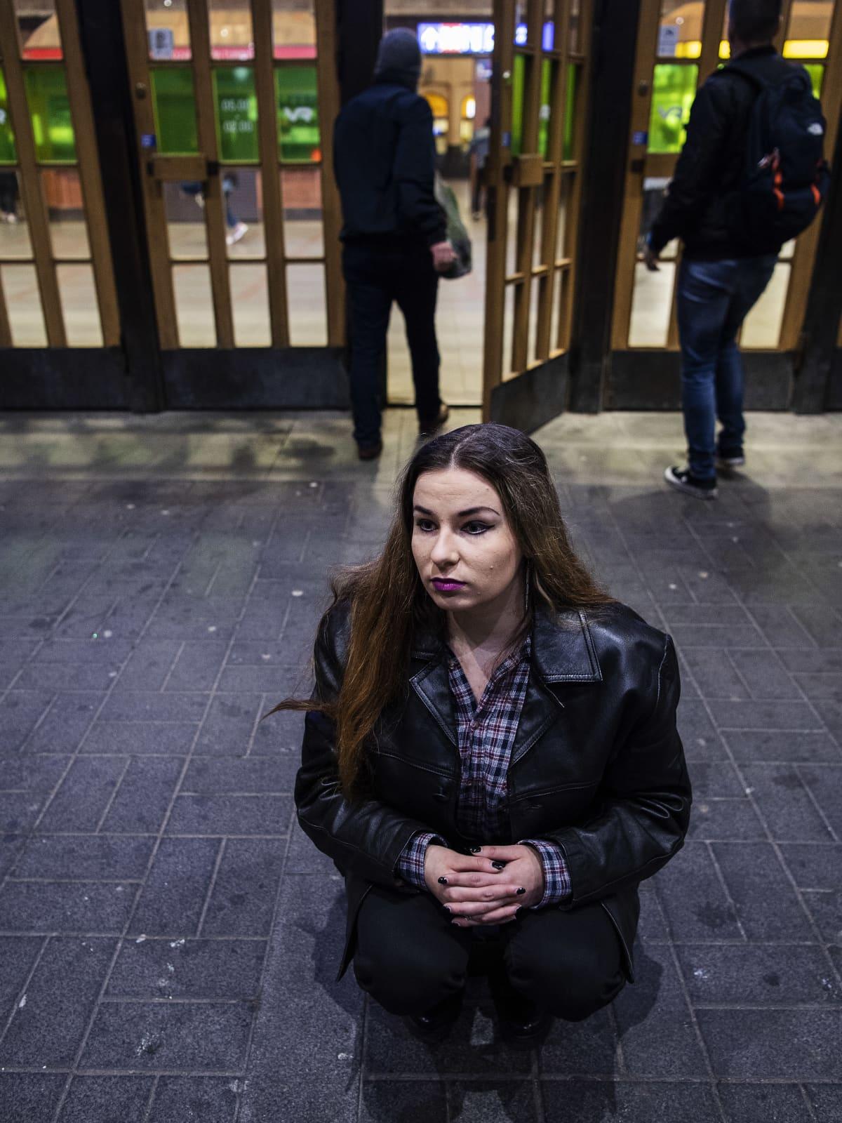 Kuvassa on Linda-Maria Roine marraskuussa 2020.
