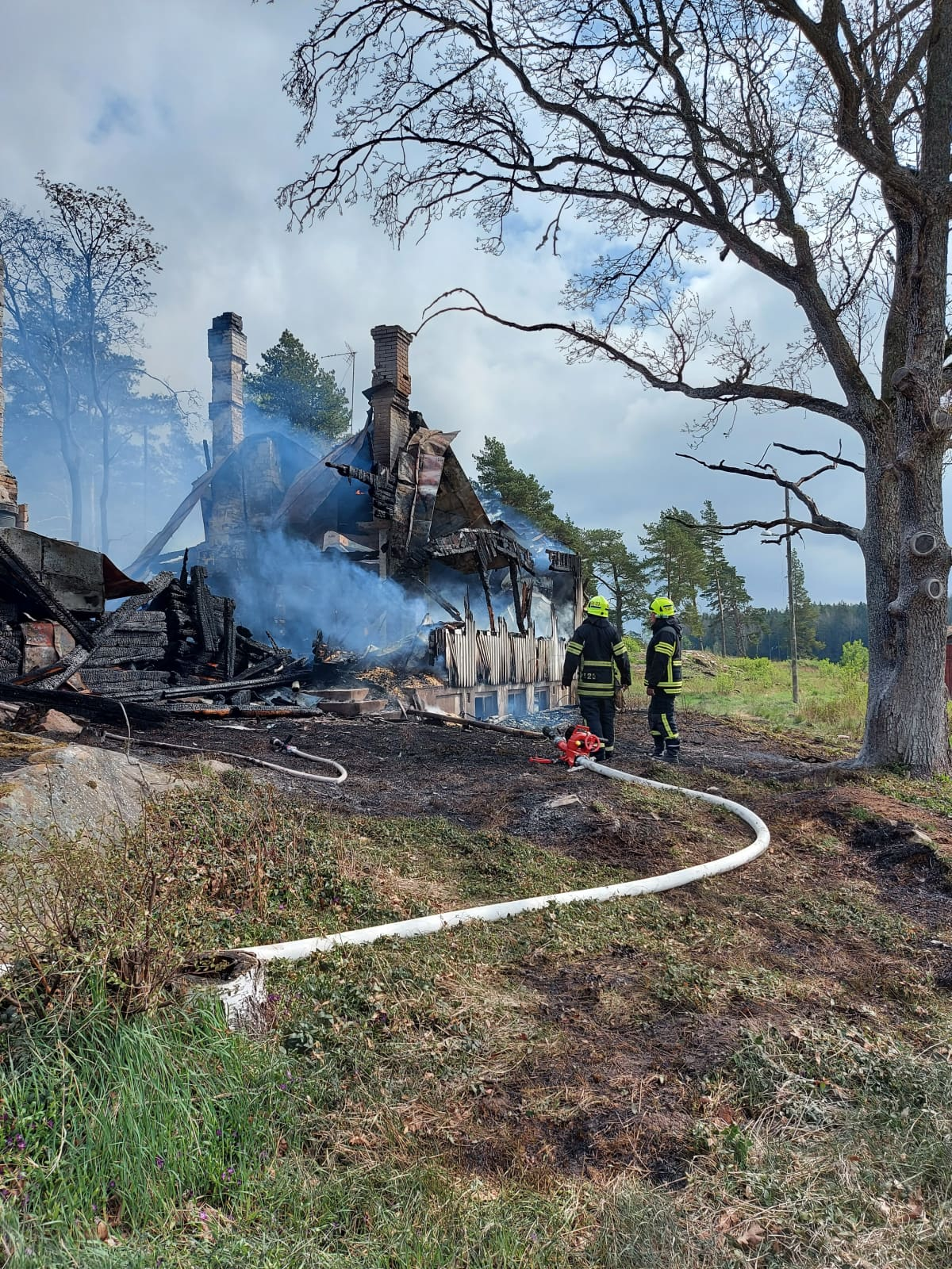 Grandvik Södergårdin kartano Paraisilla tuhoutui tulipalossa 15.5.2021