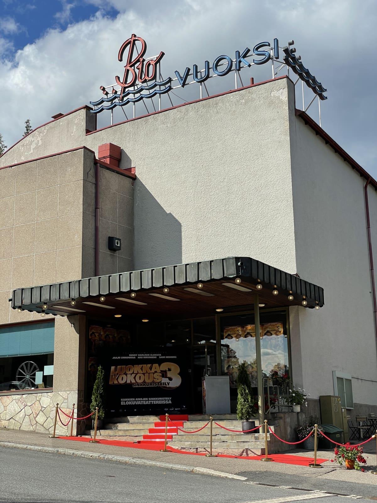 Bio Vuoksi -elokuvateatteri ulkoa.