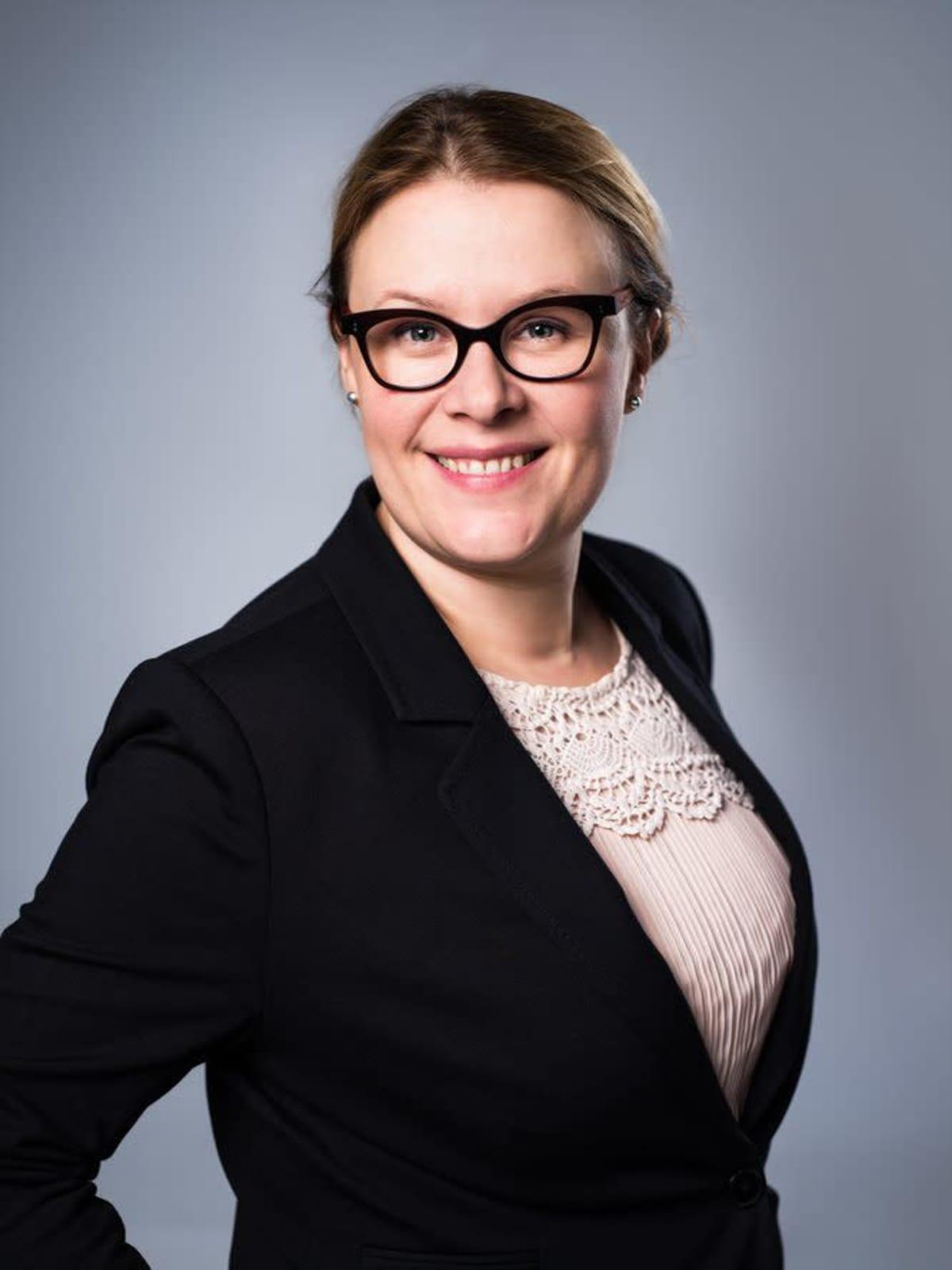 Laura Karlsson, toimitusjohtaja, Kirjakauppaliitto