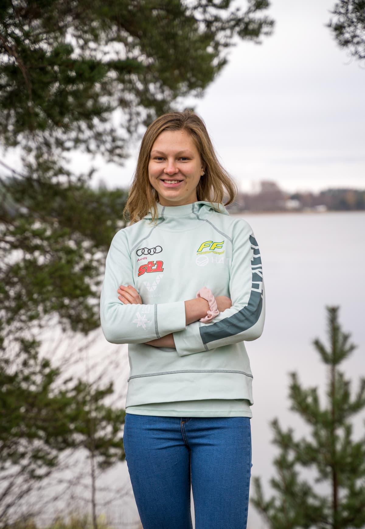 Eveliina Piippo kuvattuna ennen kauden 2020–2021 alkua. Kaudesta tuli hänelle toistaiseksi uran vaikein.