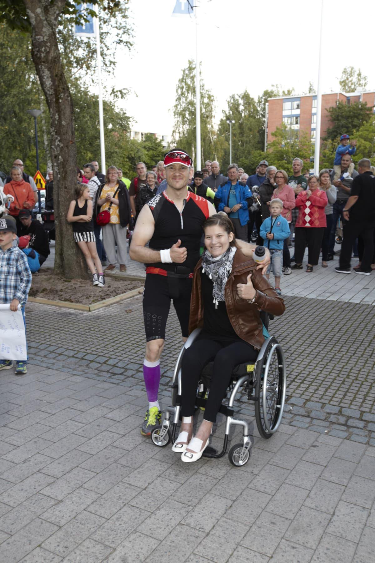 Tuomas Pelkonen ja Heidi Foxell