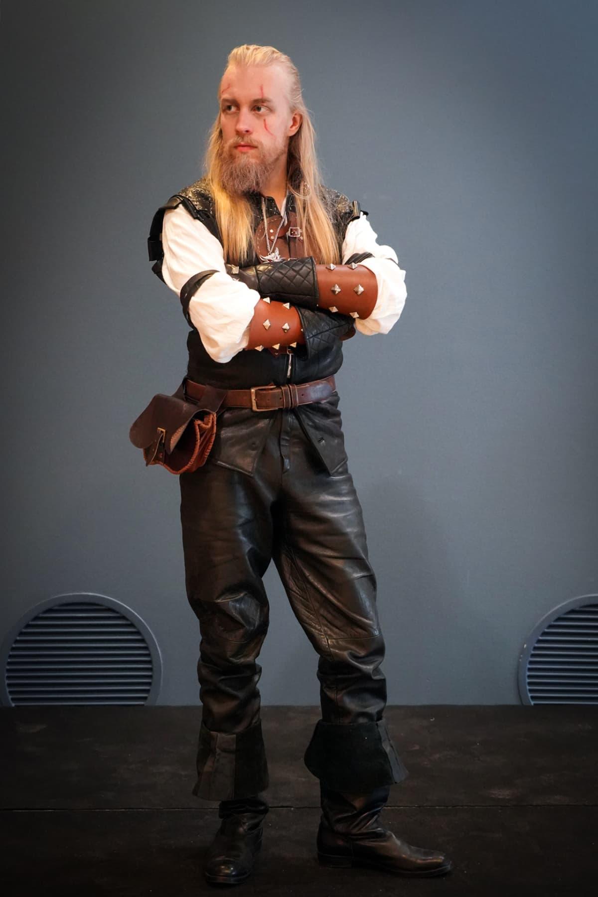 Sakari Saaristo, Popcult, cosplay, Witcher, Geralt Rivialainen