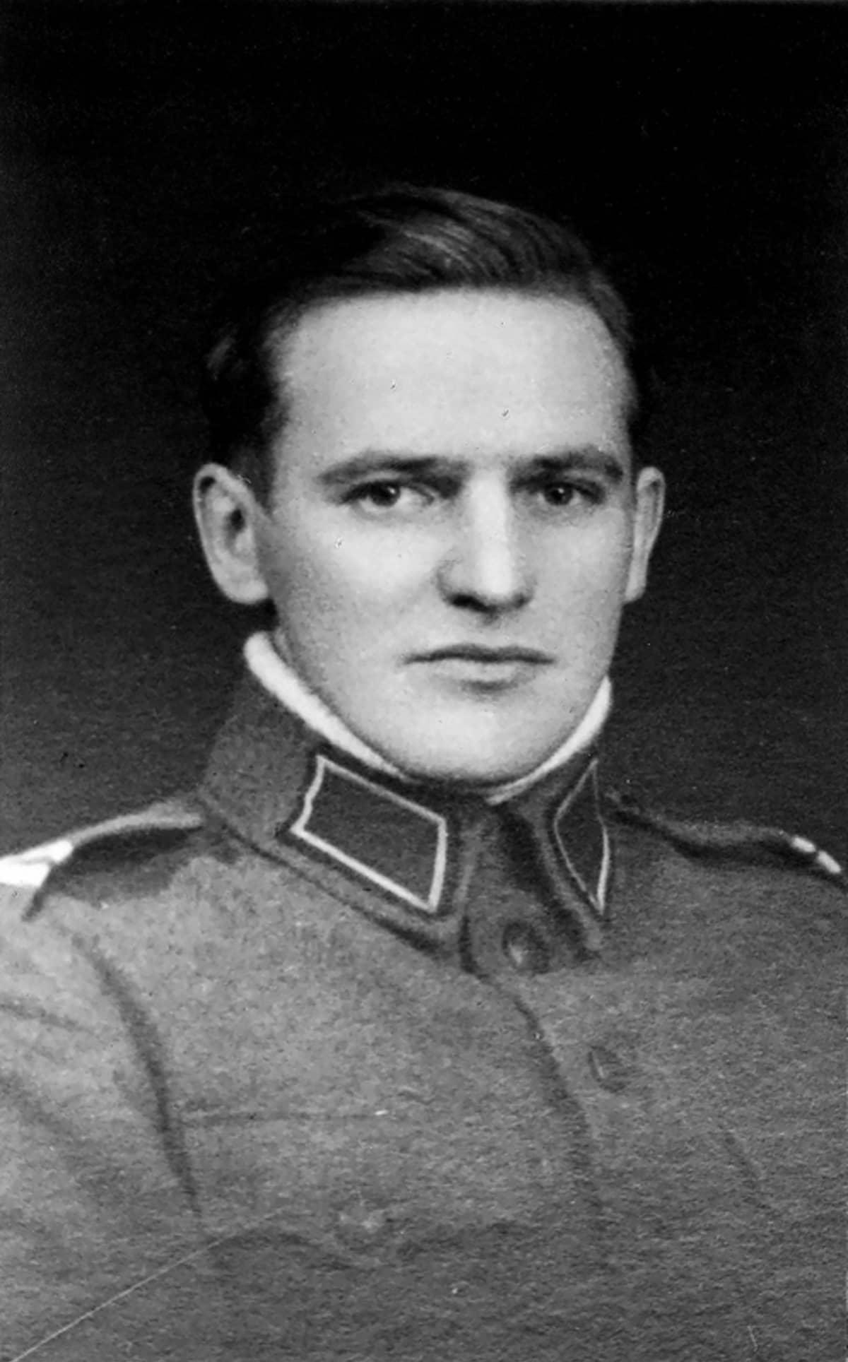 Alokas Hannes Hynönen Viipurin varuskunnassa 1934.