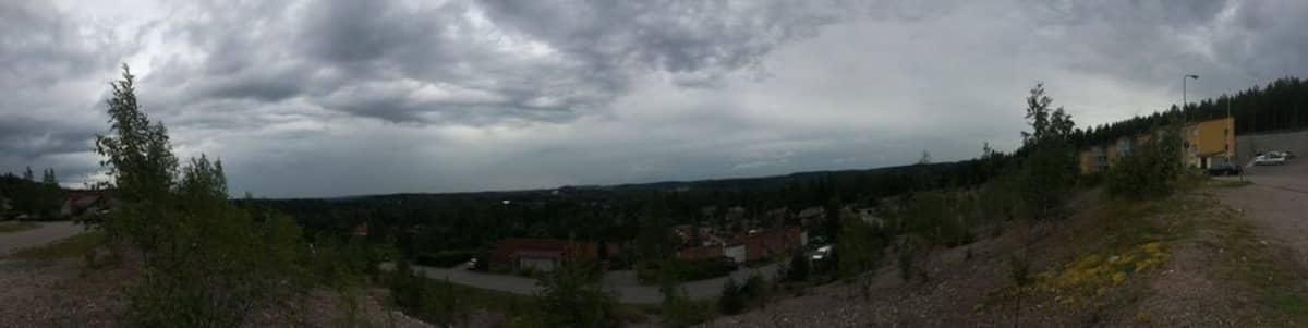 Panorama Riihelän tasanteelta.