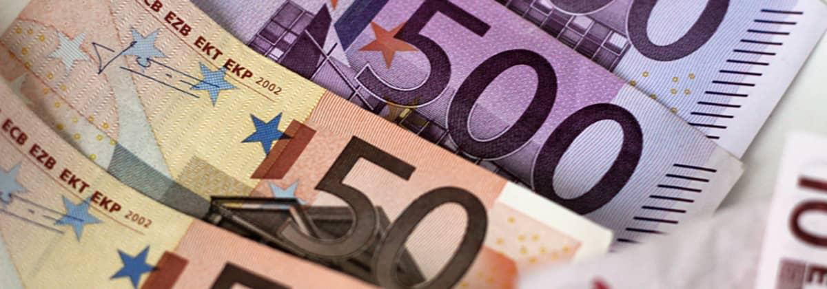 500 Euron seteleitä.