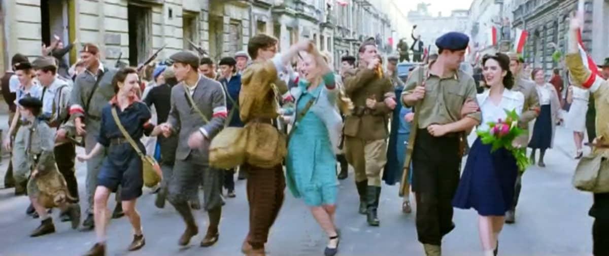 Kohtaus Varsova 44 -elokuvasta.
