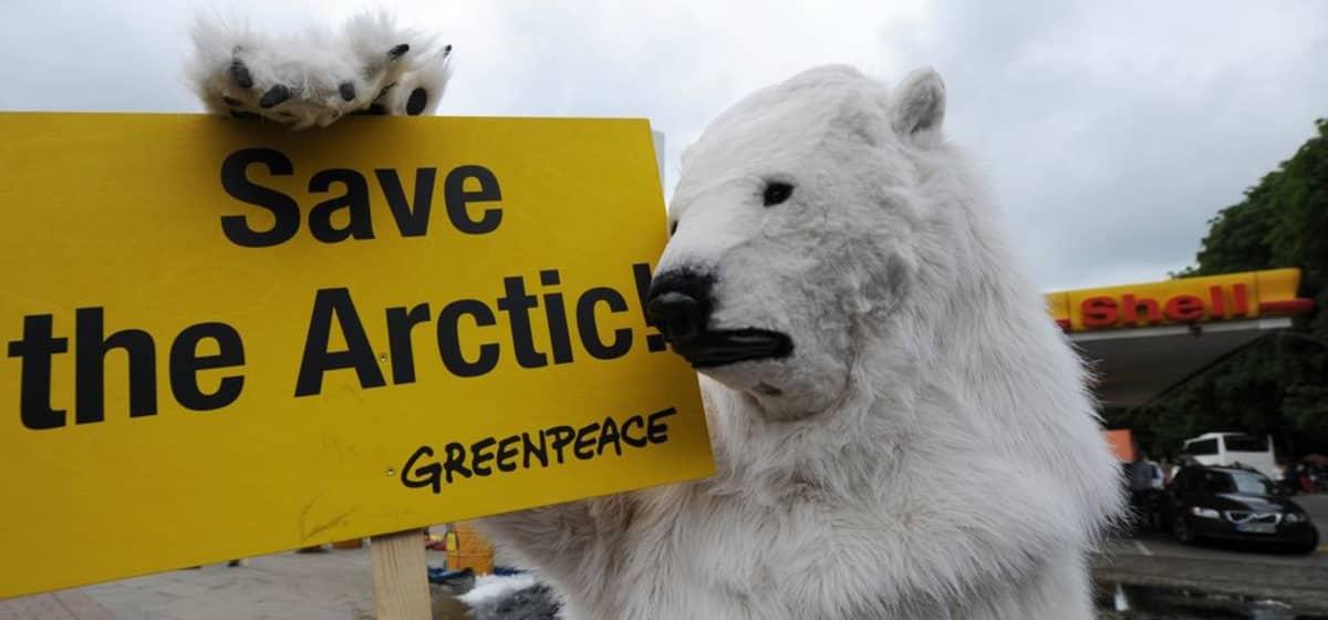 Ympäristöjärjestöjen mielestä öljynporaus arktisilla alueilla on liian vaarallista.