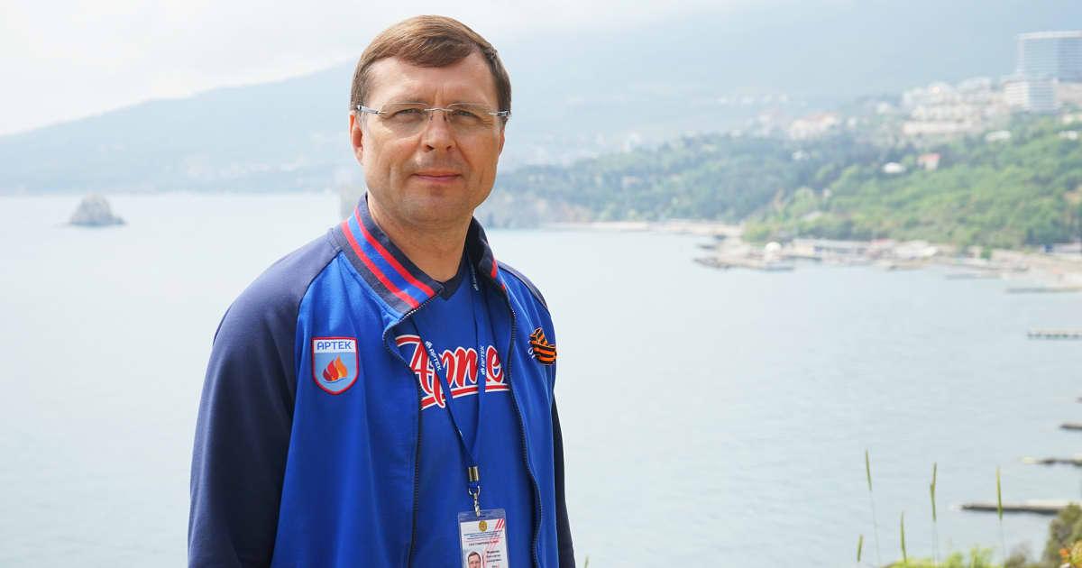 Artekin johtaja Konstantin Fedorenko korostaa leirin kansainvälisyyttä.
