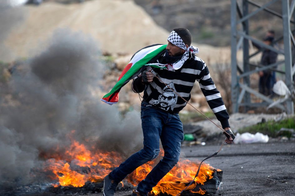 Palestiinalaiset jäädyttävät Israelin tunnustamisen valtioksi | Yle Uutiset | yle.fi