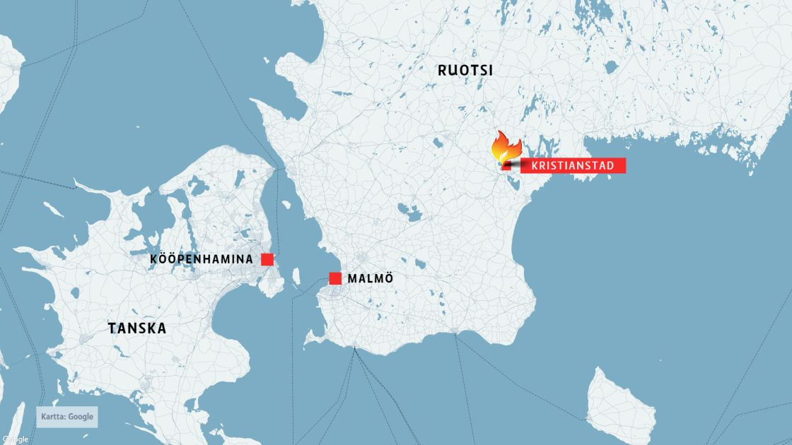 Etela Ruotsin Kristianstadissa Paloi Yon Aikana Kaksi Rakennusta