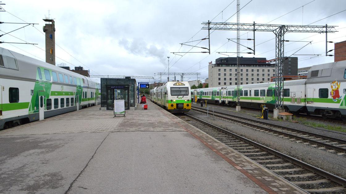 KSML: Jyväskylän juna pysähtymättä Tampereen ohi? – tavoitteena 20 minuutin säästö | Yle Uutiset ...
