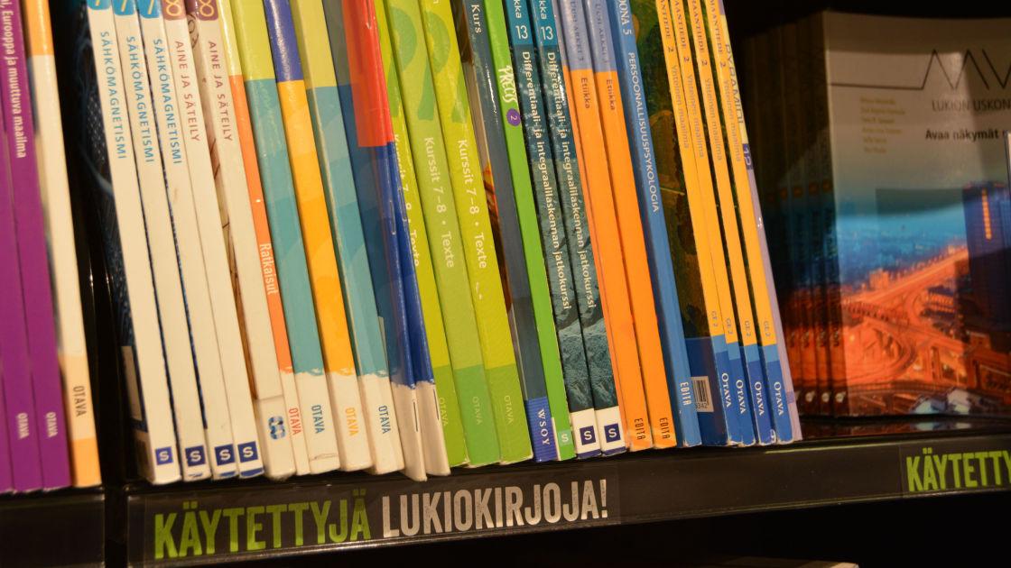 Käytetyt Kirjat