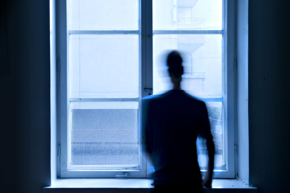 Lääkäri ei usko ja työnantaja kieltää ongelmat – näin sisäilmasairaat putoavat työelämästä