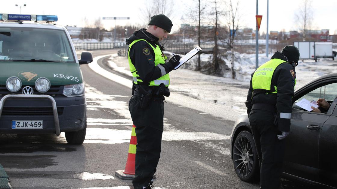Rajojen sulkeminen sekoitti huumekauppareitit ja pula aineista näkyy jo kaduilla – Poliisi: