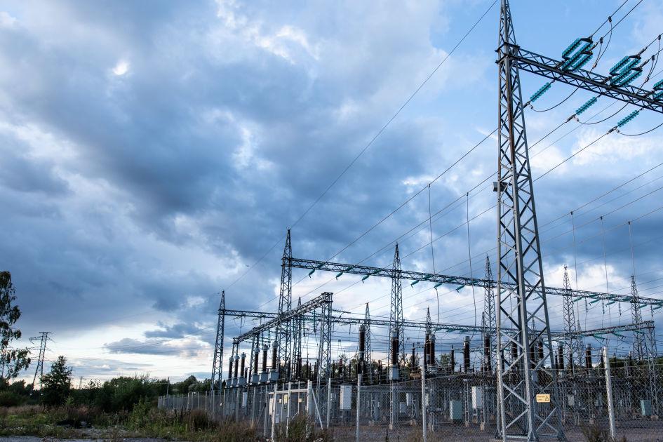 Sähkön siirtohintojen vuotuinen korotuskatto laskemassa roimasti nykyisestä ...