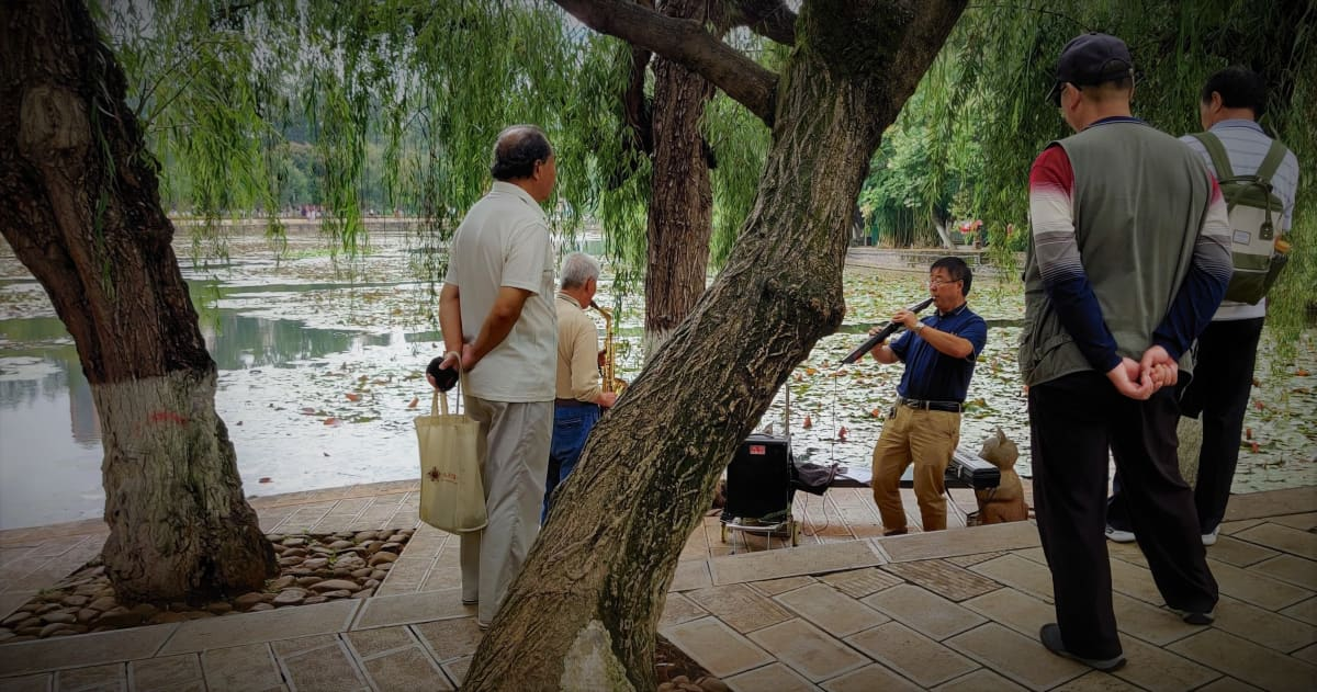 Katusoittajia Kiinan Kunmingin kaupungissa elokuussa 2019.