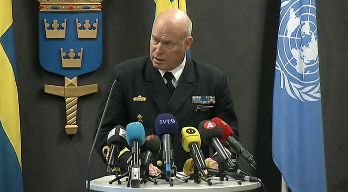 Kontra-amiraali Anders Grenstad.
