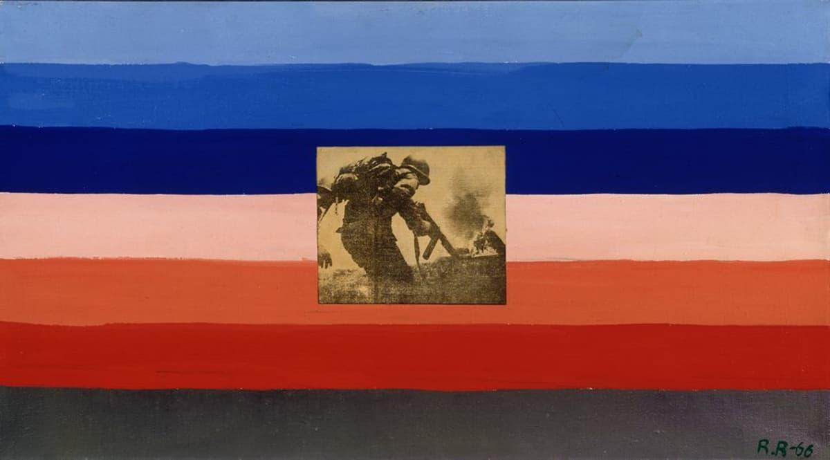 Raimo Reinikainen, Luonnos Yhdysvaltain lipuksi 1, 1966, öljy ja lehtikuva, kollaasi, 36 cm x 65, cm, Nykytaiteen museo Kiasma.