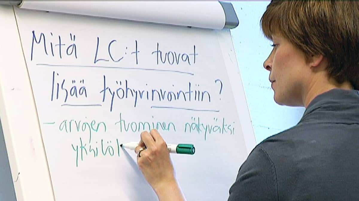Elämäntaidon valmentaja life coach Hyvinvointivalmennus Valmentamo Mendo Oy Sirpa Ärilä
