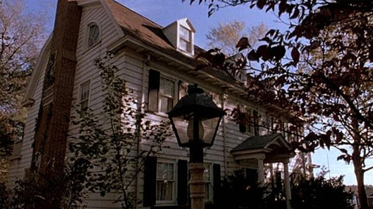 Talo elokuvasta Amityville.
