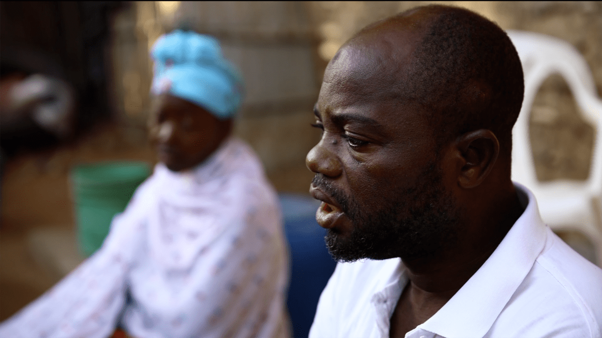 Abibo Moapa pakeni jalan ja veneellä islamistien hyökkäystä Palman kaupunkiin. hän ei usko, että se palaa entiselleen.