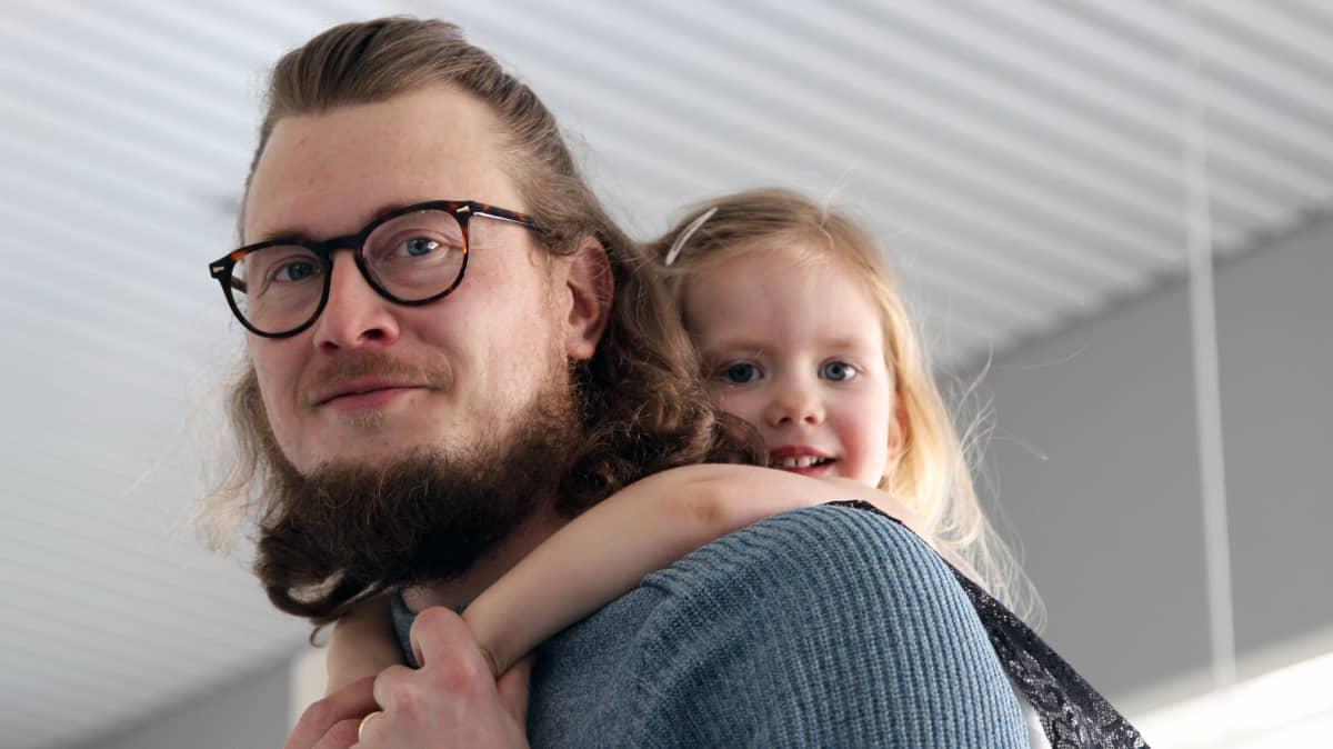Jaakko Palmunen ja tytär Viida Palmunen