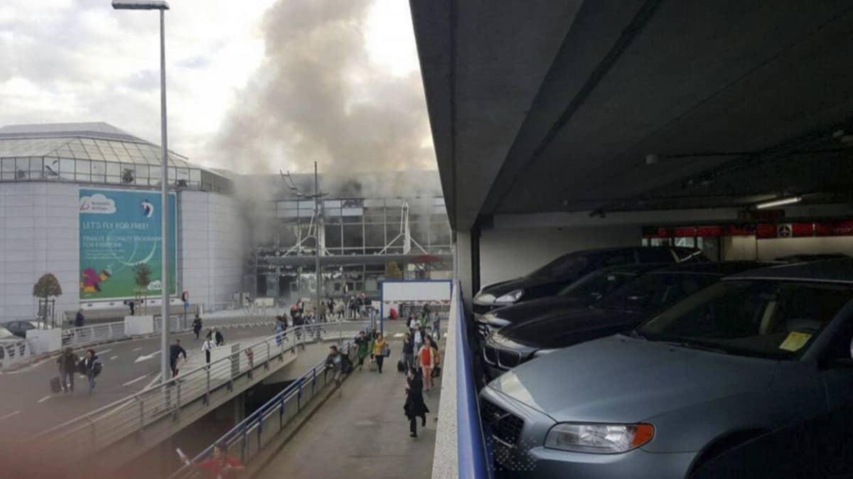 Räjähdys Zaventemin lentokentällä