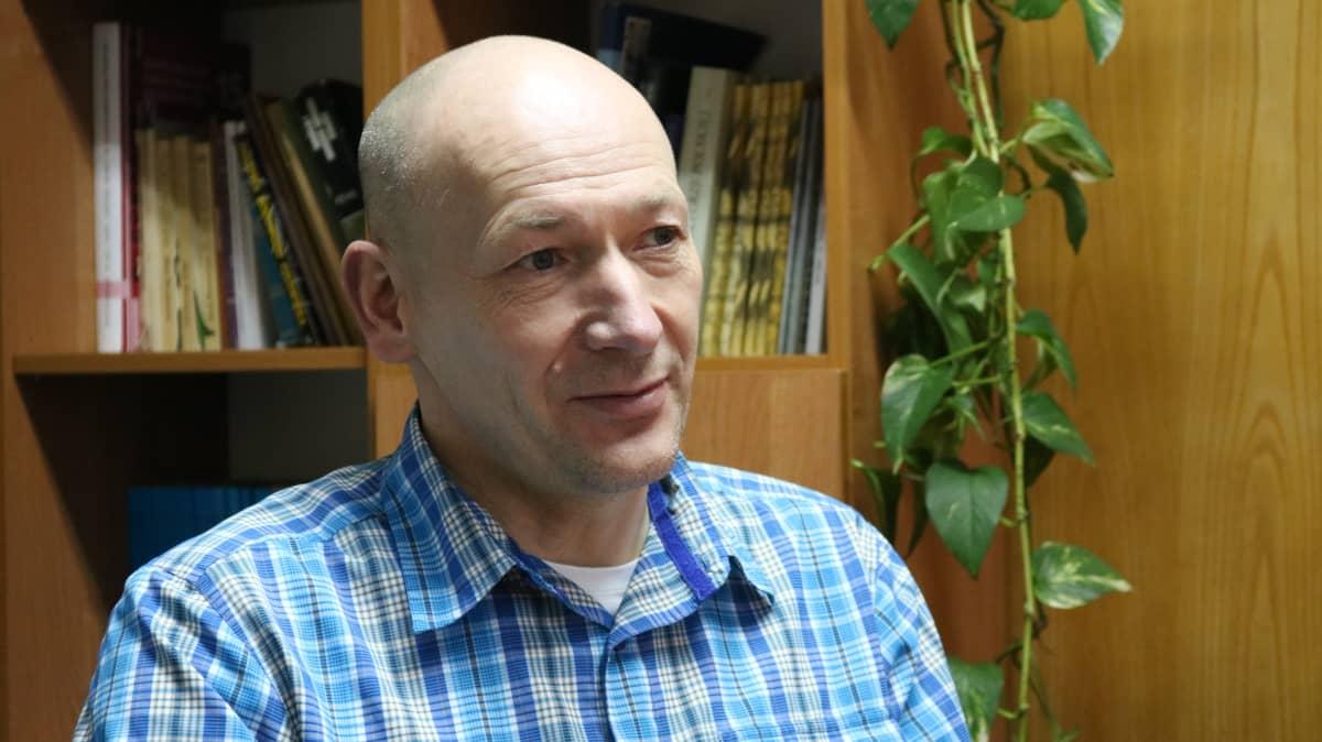 Bogdan Jaroszewicz on tutkinut Białowieżan monimuotoisuutta.