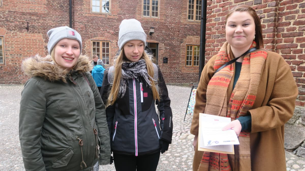 Noora Koivula, Siiri Suomainen ja Miia Martin