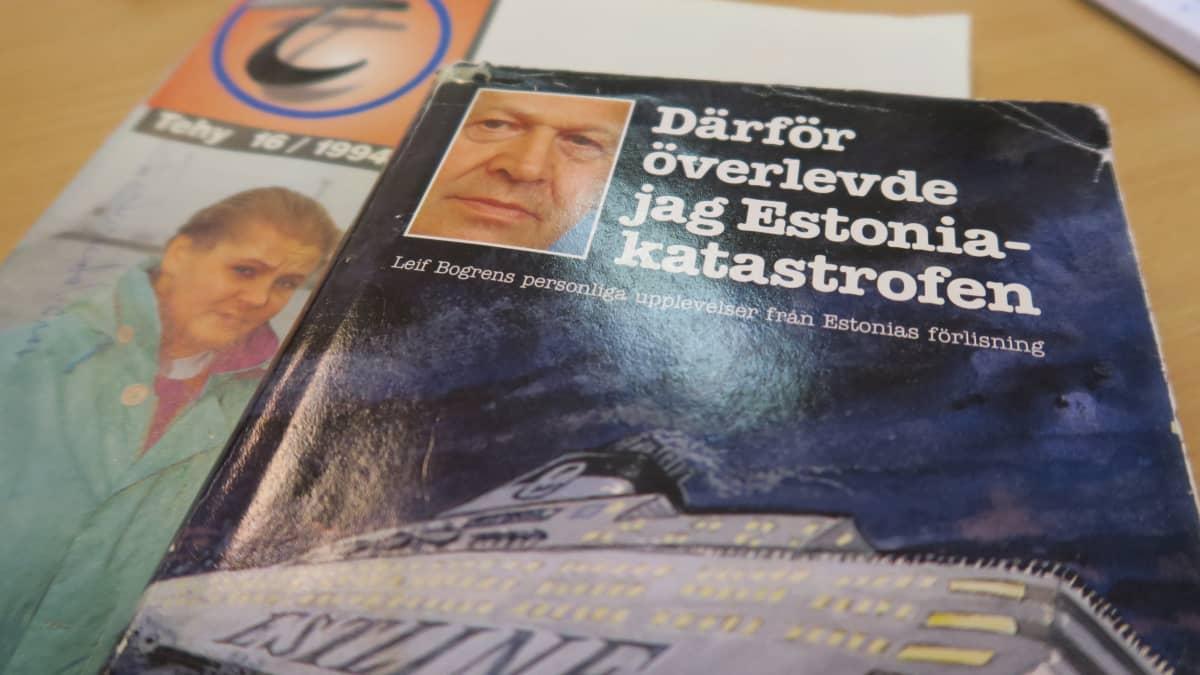 Hangossa hoidettu ruotsalaismies Leif Bogren kirjoitti kokemuksistaan myöhemmin kirjan. Kirjan alla on Tehyn ammattilehti, johon haastateltiin Hangon terveyskeskuksen työntekijöitä.