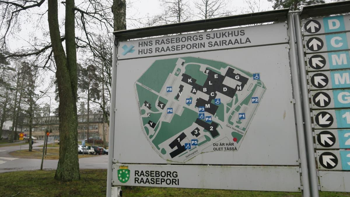 Raaseporin sairaalassa Tammisaaressa on yhteensä parikymmentä eri osastoa ja poliklinikkaa sekä esimerkiksi aikuispsykiatrian päiväyksikkö.