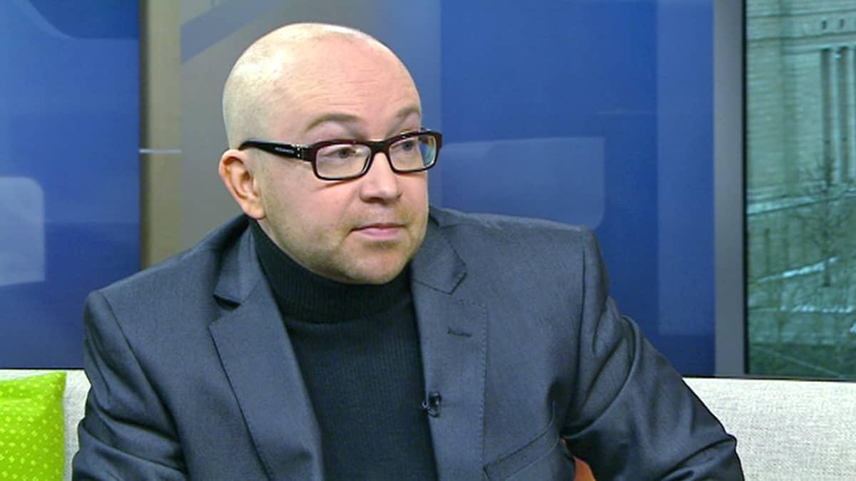 Jarkko Tontti, kirjailija ja juristi.