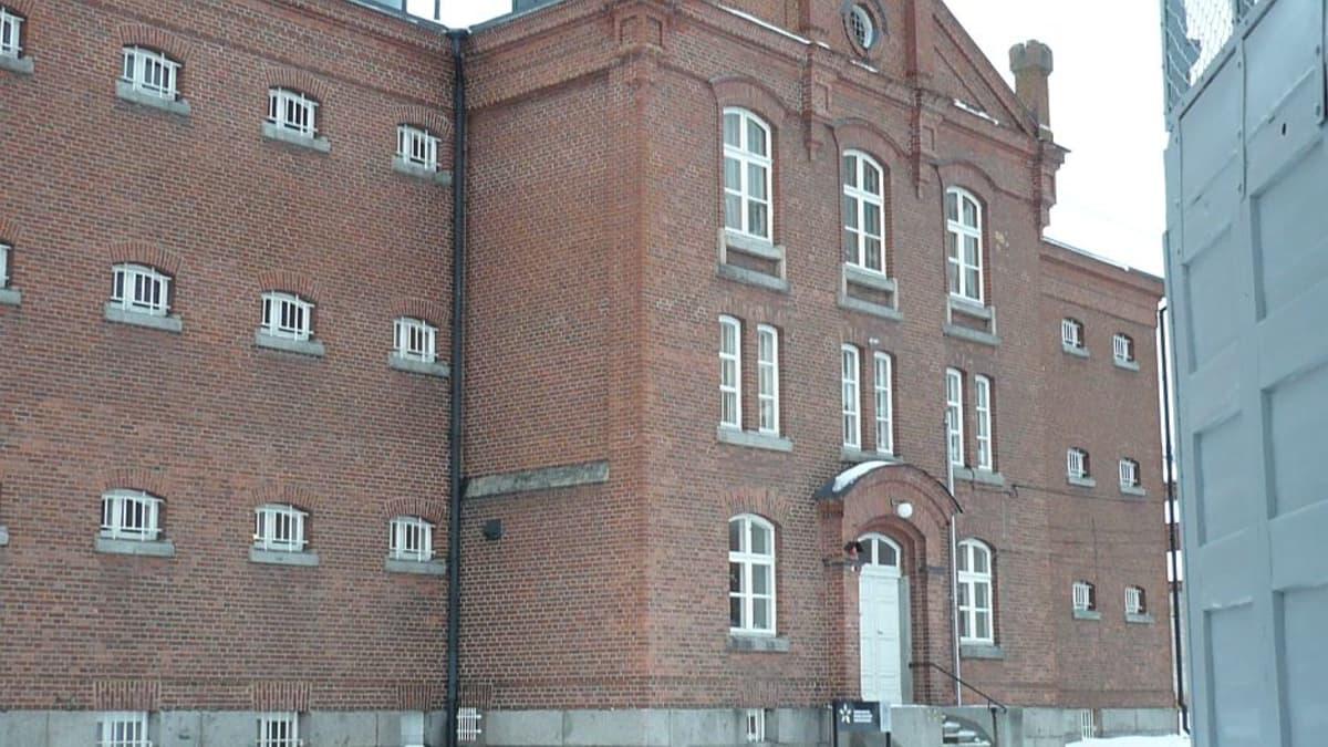 Vankilamuseo on Hämeenlinnassa vanhan linnan naapuri