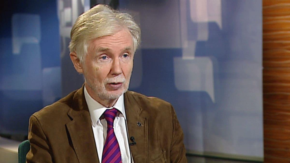 Erkki Tuomioja Ykkösaamussa 17.9.2011.